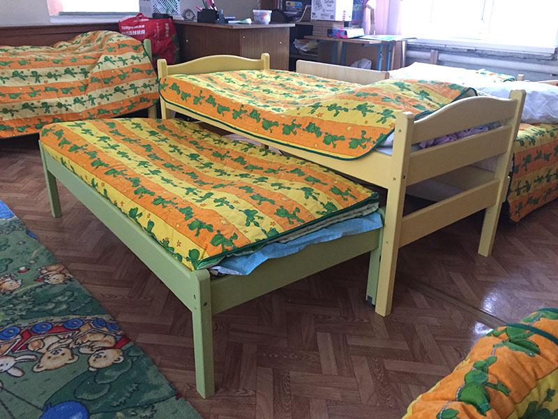 наши кровати в детском саду
