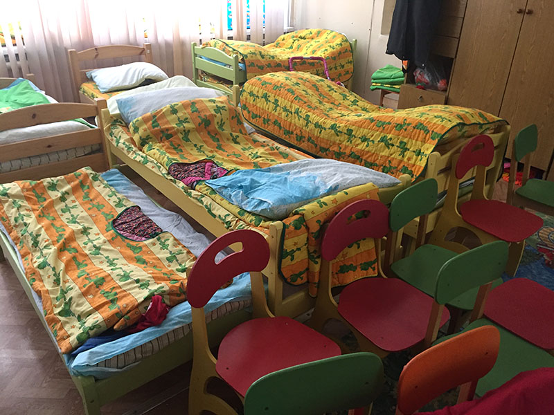 наши выкатные кровати в детском саду